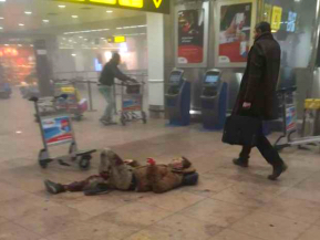 explosions-hit-brussels-airport-14586348600291_Fotor